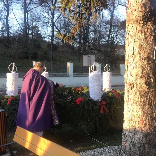 Posvätenie adventného venca