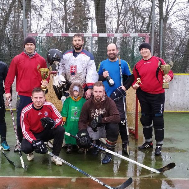 Vianočný hokejbalový turnaj 21.12.2019