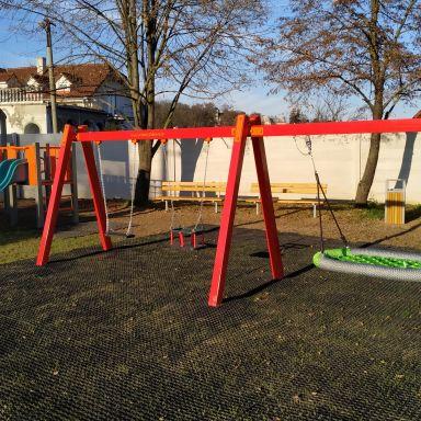 Nové Detské ihrisko Koník