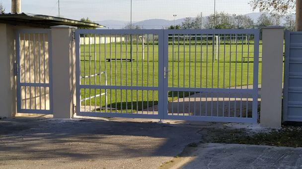 Nová vstupná brána a bránička